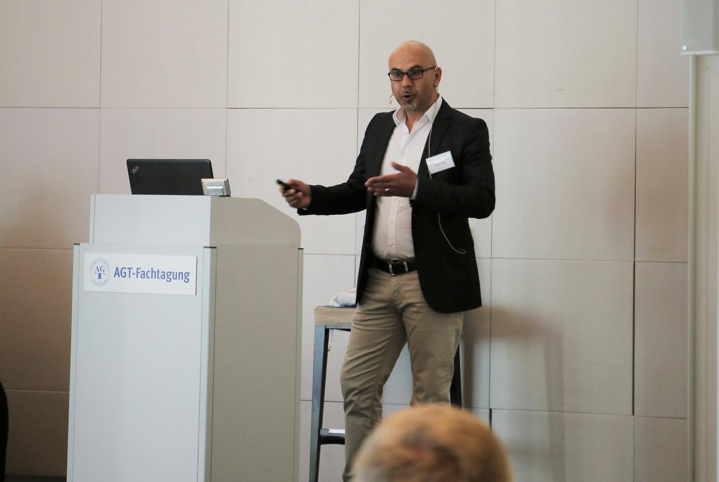 Vortragsredner Hakan Citak Auf Der AGT-Fachtagung